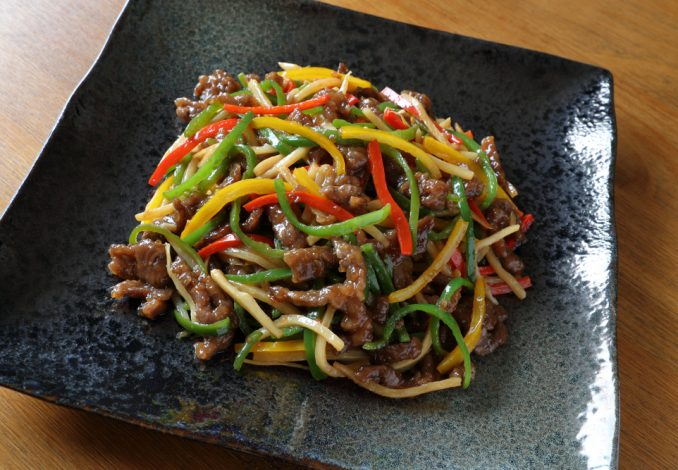 Beef and Vegetable Stir Fry with Noodles