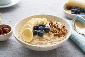 Oatmeal with Banana (soya milk)